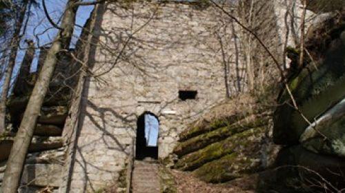 Schlossruine am Waldstein